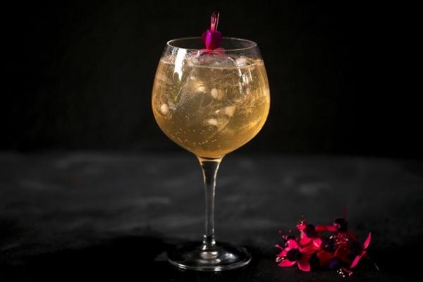 O Winecórnio é a bebida queridinha no MUV Gastrostore (Thamires Santiago/Divulgação)