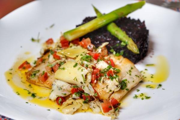 Pesce Amalfitano do restaurante Dona Lenha (70 Mil Assessoria/Divulgação)