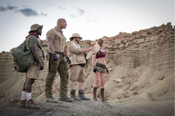 Dwayne Johnson e trupe de aventureiros voltam a ser comandados em sequência de Jumanji  (Frank Masi/Columbia Pictures)
