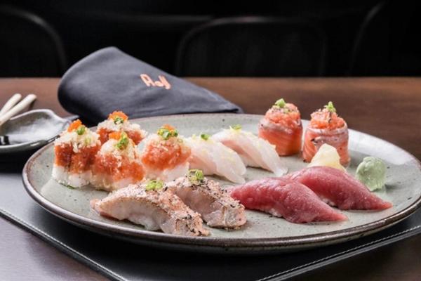 Em alta, poucos conseguem resistir a um bom sushi (Paulo Anderson Souza/Divulgação)