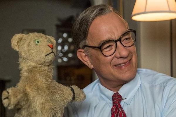 Tom Hanks se destaca no papel de um popular apresentador de tevê (Sony Pictures/Divulgacao)