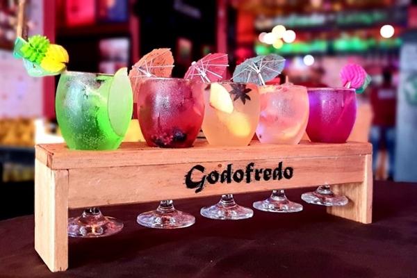 A régua de drinques apresenta, por um preço acessível, as criações carnavalescas (Godofredo/Divulgação)