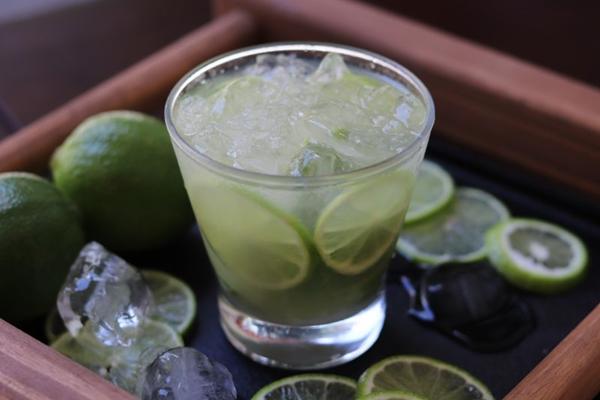 A caipirinha é um dos sucessos do Eskenta Bar (Gobah Marques/Divulgação)
