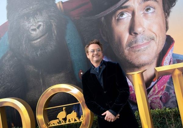 Na jornada o Dr. Dolittle é acompanhado por um aprendiz e vários dos seus amigos animais (VALERIE MACON)