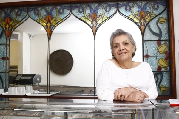 Fátima Hamú, uma das primeiras chef da história de Brasília, comanda a cozinha do Lagash Mediterranée (Ana Rayssa/Esp. CB/D.A Press)