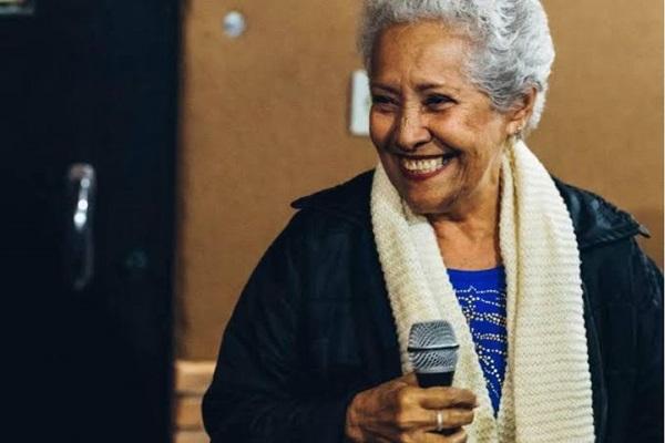 A dama do samba, Francineth Germano, canta em homenagem a Elizeth Cardoso (Credito: Arquivo pessoal)