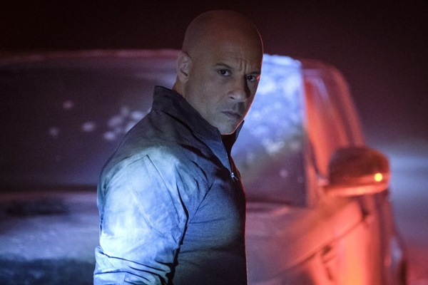 Vin Diesel interpreta um soldado que volta à vida ( Sony Pictures/Divulgação)
