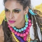 Renata Jambeiro se mostra artista multifacetada - (Alex Pires/Divulgação)